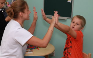 Quelle formation faut-il pour devenir psychologue pour enfants